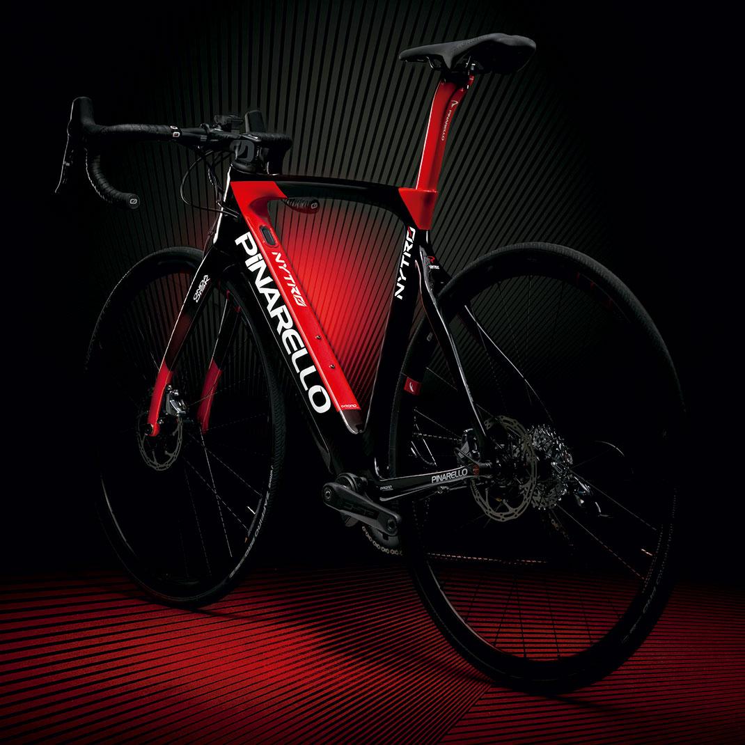 Pinarello-NYTRO-936---Carbono-Rojo